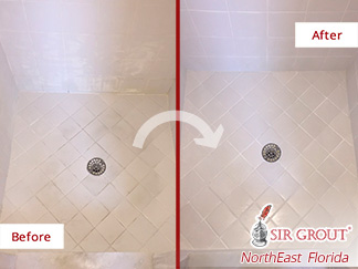 Before and After Picture of a Grout Cleaning Job in Middleburg, FL